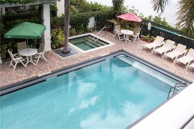 Stuart, Jensen Beach, Hutchinson Island Condo/Townhouse For Sale: 215 NW Flagler Avenue