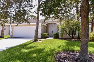 Jensen Beach Single Family Home For Sale: 323 NW Emilia Way
