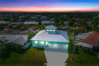 Palm City Single Family Home For Sale: 1470 SW Albatross Way