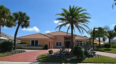 Stuart Single Family Home For Sale: 6840 SE South Marina Way