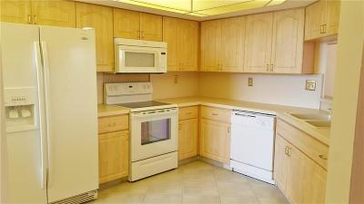 Saint Lucie County Condo/Townhouse For Sale: 9550 S Ocean Drive