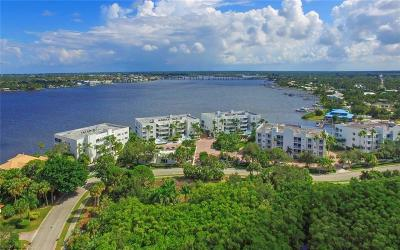 Palm City Condo/Townhouse For Sale: 1160 SW Chapman Way