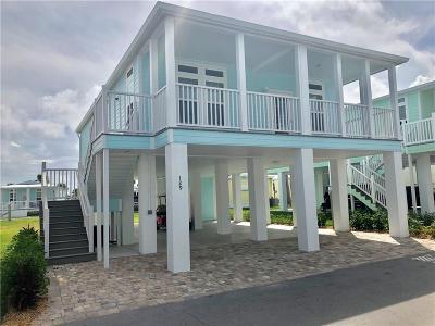Jensen Beach Single Family Home For Sale: 129 NE Bay Drive