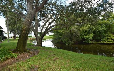 Martin County Condo/Townhouse For Sale: 2253 NW 22nd Avenue