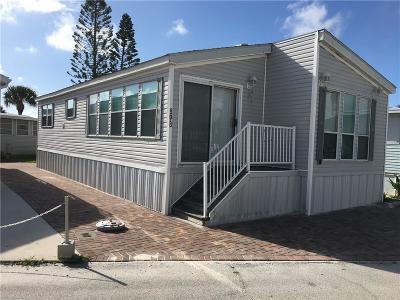 Jensen Beach Condo/Townhouse For Sale: 898 Nettles Blvd