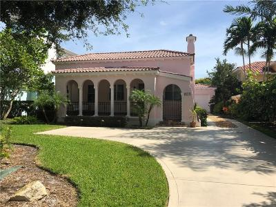 Martin County Single Family Home For Sale: 217 SE Coconut Avenue