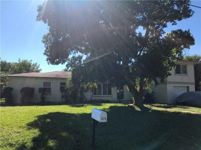 Martin County Single Family Home For Sale: 620 SE 5th Street