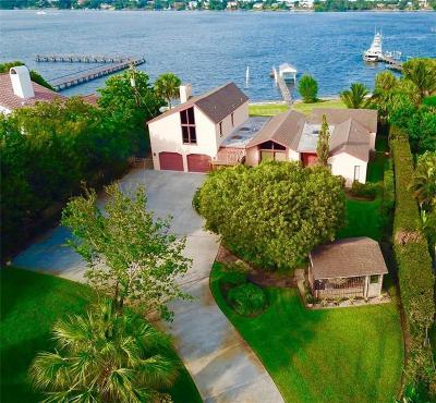 Stuart Single Family Home For Sale: 1845 SE Saint Lucie Blvd
