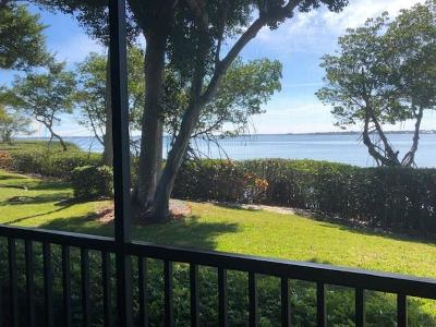 Martin County Condo/Townhouse For Sale: 264 NE Edgewater Drive