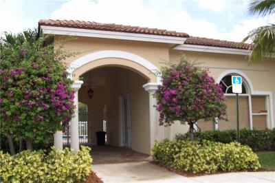 Martin County Condo/Townhouse For Sale: 49 SE Sedona Circle