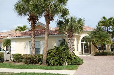 Hobe Sound Single Family Home For Sale: 8285 SE Angelina Ct