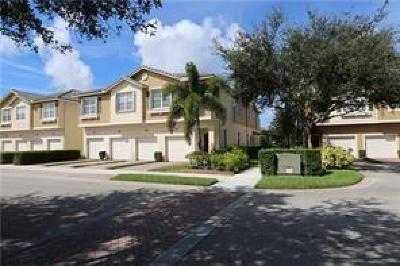 Martin County Condo/Townhouse For Sale: 1551 SE Hampshire Way