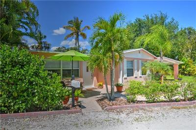 Jensen Beach Single Family Home For Sale: 969 NE Banyan Tree Drive
