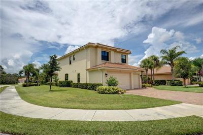 Jensen Beach Single Family Home For Sale: 2076 NW Diamond Creek Way