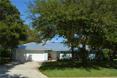 Sewalls Point FL Single Family Home For Sale: $599,000