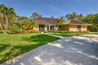 Jensen Beach Single Family Home For Sale: 795 NE Stokes Terrace