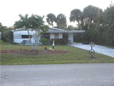 Jensen Beach Single Family Home For Sale: 1598 NE Sunview Terrace