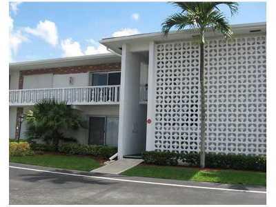 South Palm Beach Rental Leased: 4501 S Ocean Boulevard #B8