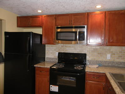 West Palm Beach Rental Leased: 1638 Embassy Drive #305