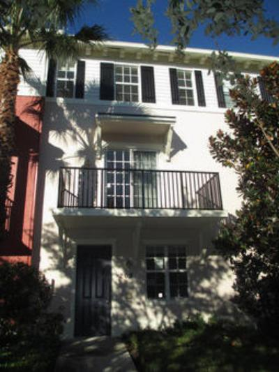 Townhouse Closed: 202 Quarry Knoll Way