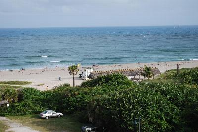 Palm Beach Shores FL Condo Sold: $150,000