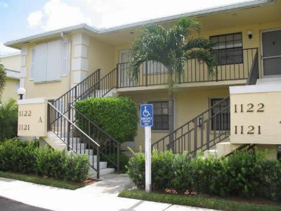 Condo Closed: 1121 Keystone Drive #B