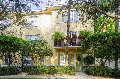 Townhouse Closed: 135 W Indian Crossing Circle