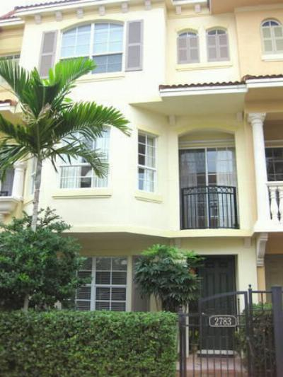 Palm Beach Gardens FL Condo/Townhouse Sold: $324,900