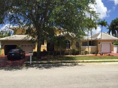 Pembroke Pines FL Single Family Home For Sale: $650,000