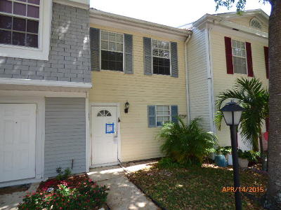 Townhouse Closed: 117 Old English Court