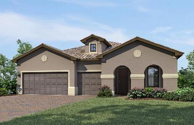 Single Family Home Sold: 310 SE Huntington Drive