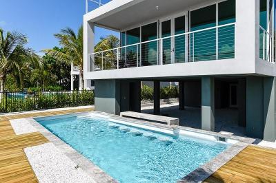 Lantana Single Family Home For Sale: 321 S Atlantic Drive