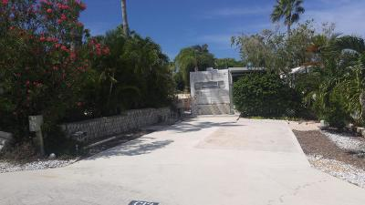 Juno Beach Mobile Home For Sale: 900 Juno Ocean #C13