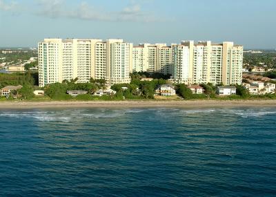 Highland Beach Condo For Sale: 3700 S Ocean Boulevard #210b