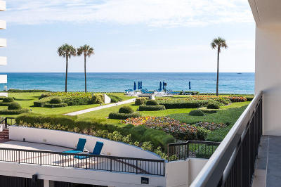Palm Beach Condo For Sale: 3140 S Ocean Boulevard #207s