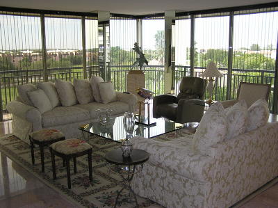 West Palm Beach Condo Sold: 2427 Presidential Way #601