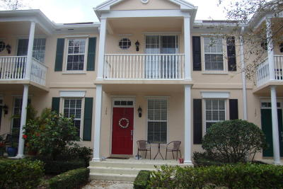 Townhouse Closed: 125 Ashley Court