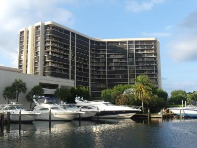 Highland Beach Condo Sold: 4740 S Ocean Boulevard #1005