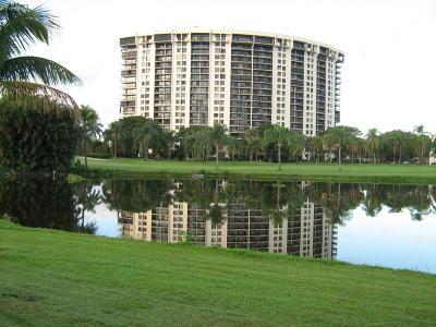 West Palm Beach Condo Sold: 2450 Presidential Way #407