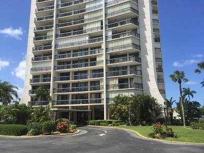 West Palm Beach Condo Sold: 2425 Presidential Way #901