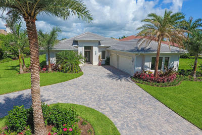 Hobe Sound Single Family Home For Sale: 6299 SE Moss Ridge Pointe Ridge