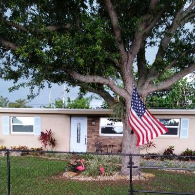 Single Family Home Sold: 12107 Acapulco Avenue