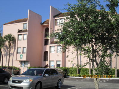 West Palm Beach Rental Leased: 2000 Congress Avenue #K302