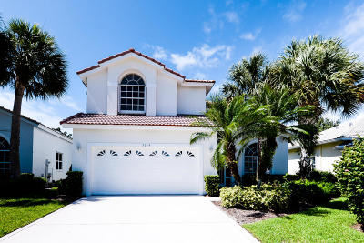 Single Family Home Sold: 5014 SE Devenwood Way
