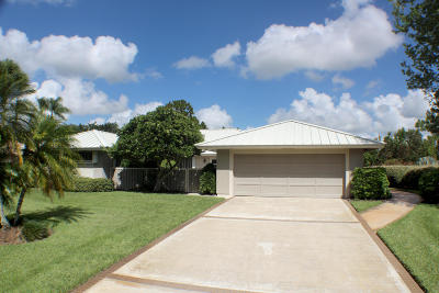 Palm City Single Family Home For Sale: 4932 SW Aberdeen Circle