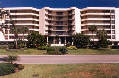 South Palm Beach Condo For Sale: 3610 S Ocean Boulevard #104