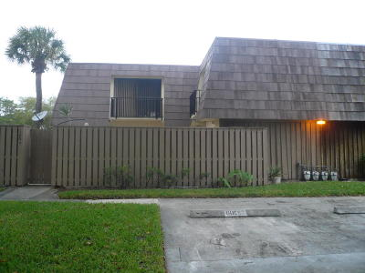Palm Beach Gardens FL Townhouse For Sale: $210,000