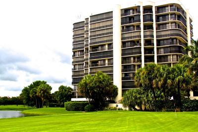 West Palm Beach Condo Sold: 2427 Presidential Way #201