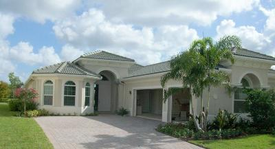 Jupiter Single Family Home For Sale: 134 Lucia Court