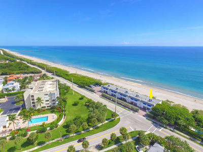Juno Beach Townhouse For Sale: 1002 Ocean Drive